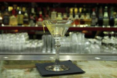 Příběhy koktejlového věku IV. díl