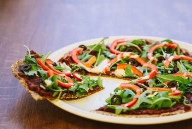 5 tipů na letní raw pokrmy aneb i nanuk, sýr nebo pizza mohou být zdravé