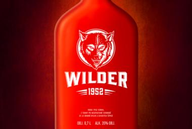 Na trh vstupuje nový šípkový likér Wilder z jižních Čech