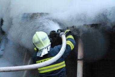 Více jak polovina hotelů v Česku má zastaralou protipožární ochranu. Dalším hazardem je propadlá revize elektroinstalace