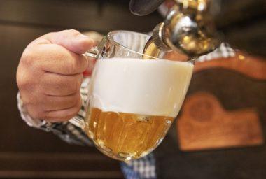 Naučte se čepovat pivo přímo u zdroje – Škola čepování piva Pilsner Urquell