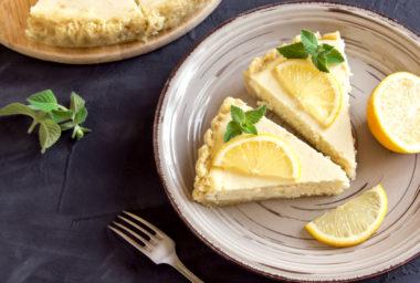 Citrónový koláč s crème fraîche