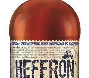 Palírna U Zeleného stromu představuje vlastní značku panamského rumu Heffron