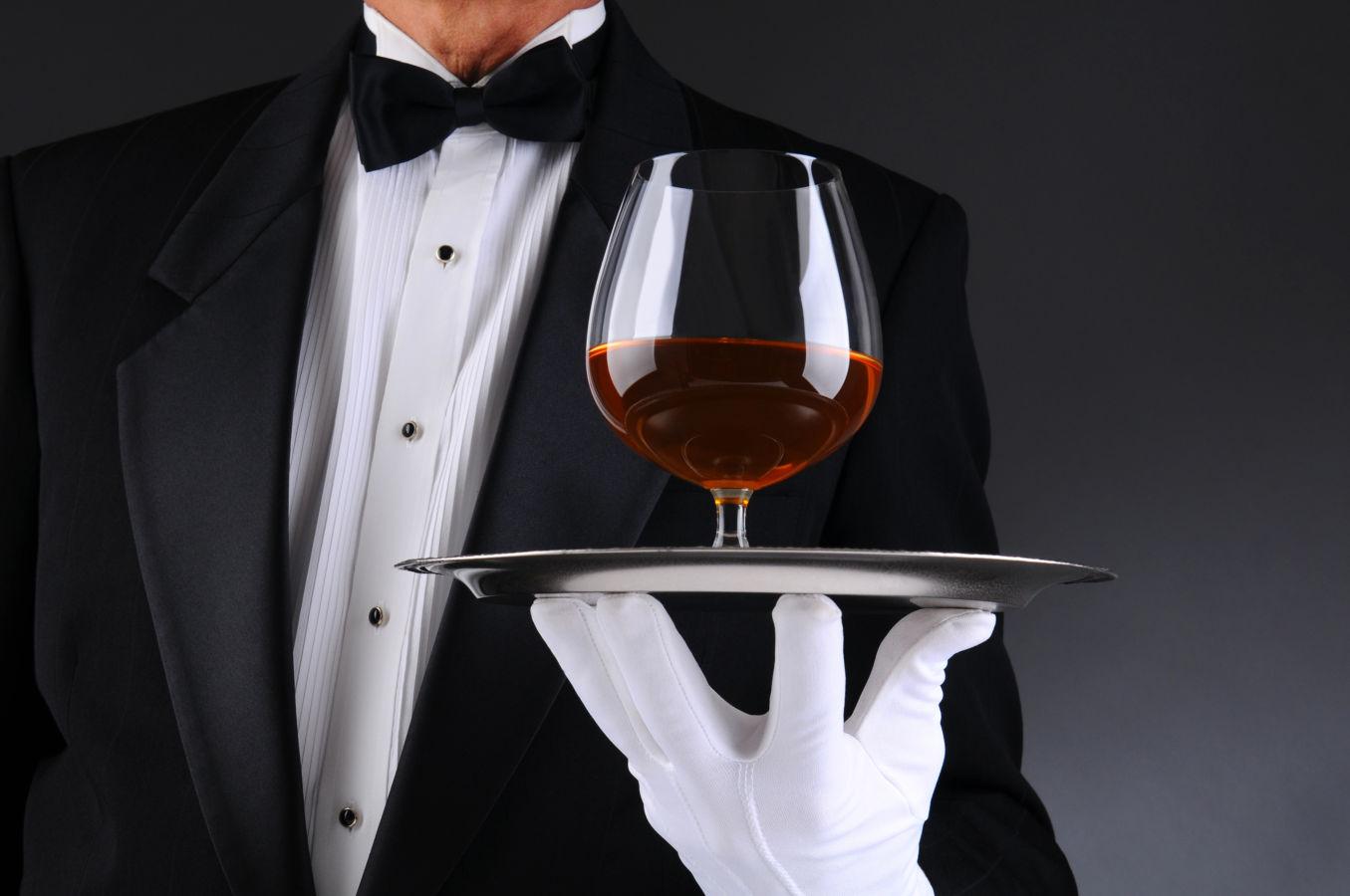 Průvodce perfektní obsluhou  III. – Správný servis aperitivů