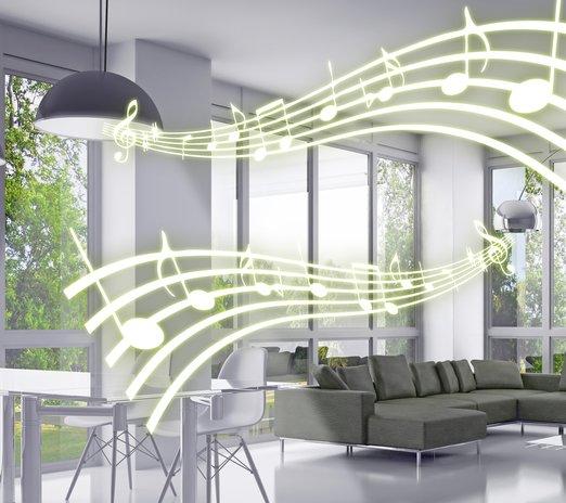 Hrající, vonící a barvy měnící žárovky Awox