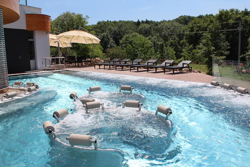 Na jižní Moravě  vzniklo nové, termální vodní SPA Infinit s venkovními bazény