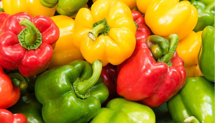 Pět důvodů proč paprika patří na náš stůl