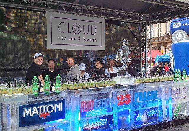 Ledový bar v září – Cloud 9 sky bar & lounge připraví návštěvníkům Birell Grand Prix Praha 2015 ledové překvapení