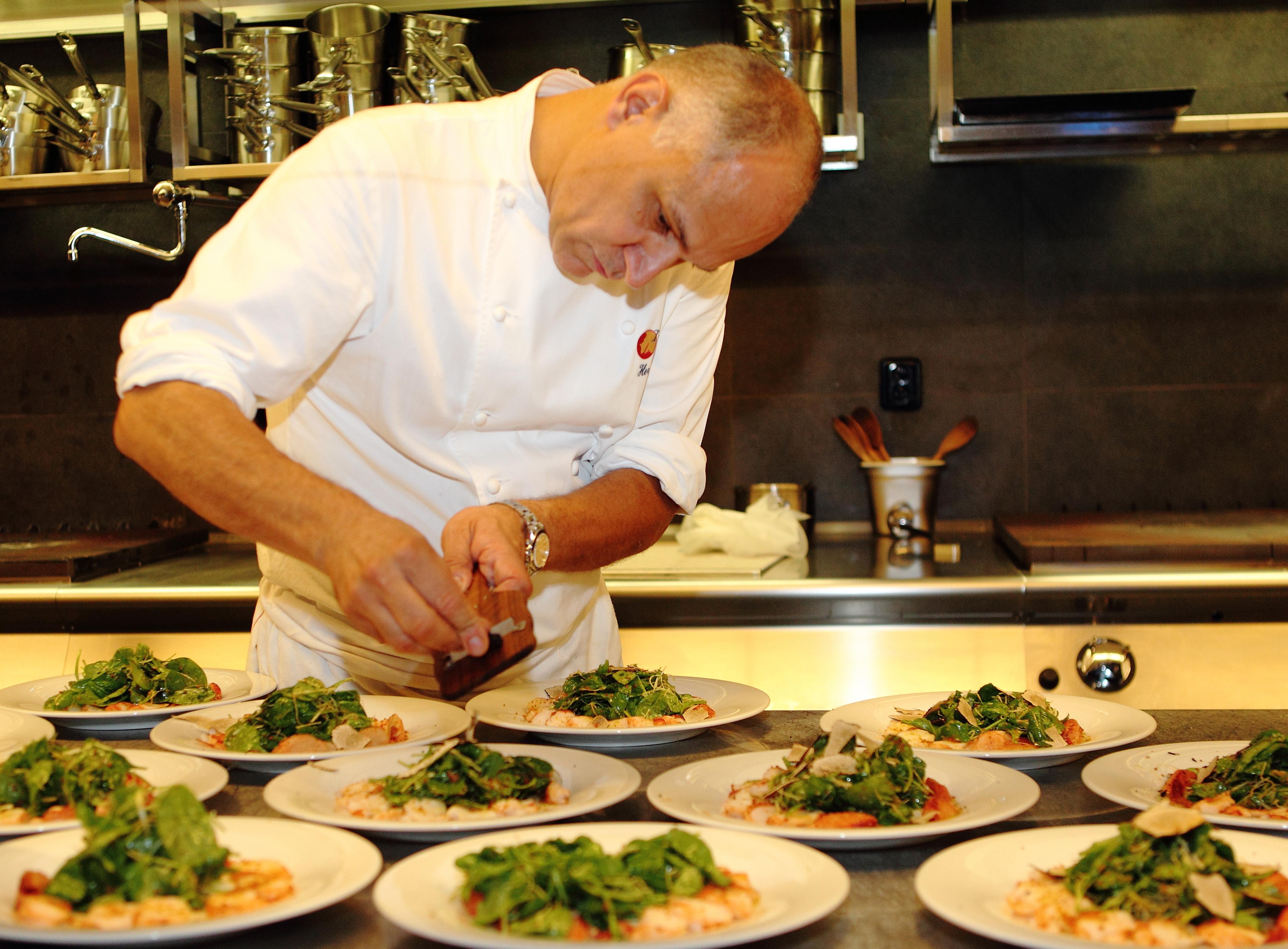 Grand Cru Restaurant & Bar navštíví šéfkuchař Hervé Courtot z NOBU Dubai