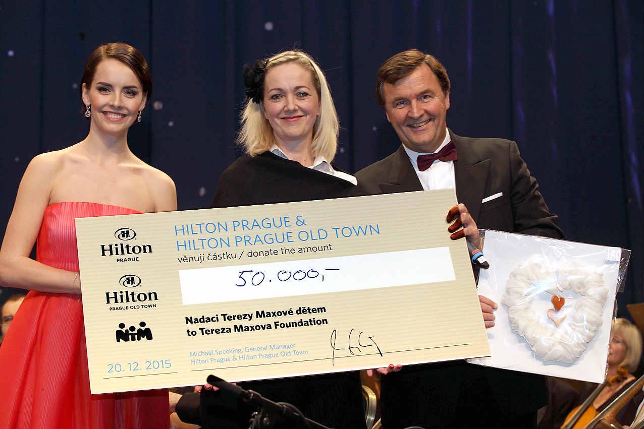 Pražské hotely Hilton podpořily Nadaci Terezy Maxové dětem