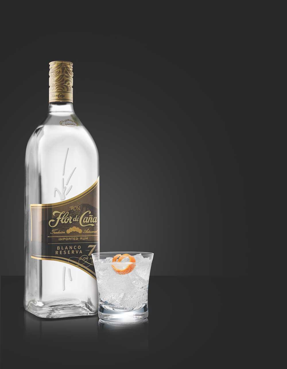 Flor de Caña uvádí světový unikát: sedmiletý bílý rum Blanco Reserva