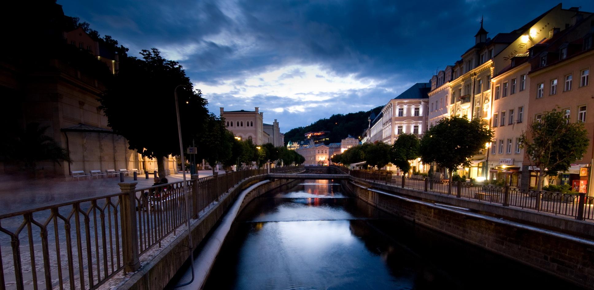 Karlovy Vary jsou vynikající destinací, lákají i na akce k 700. výročí narození Karla IV