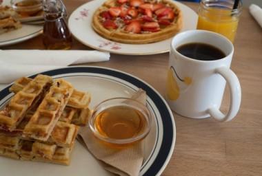 Jak Češi snídají? Nejraději mezi sedmou a devátou, chutě mají rozmanité, říká průzkum