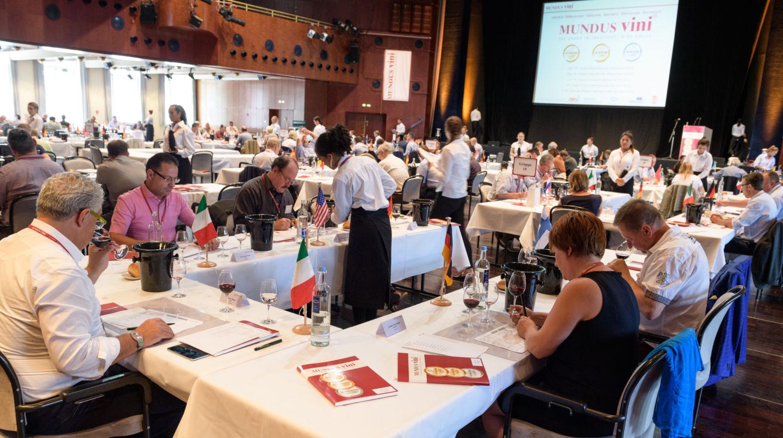 Moravští vinaři přivezli 8 zlatých a 11 stříbrných medailí z MUNDUS vini