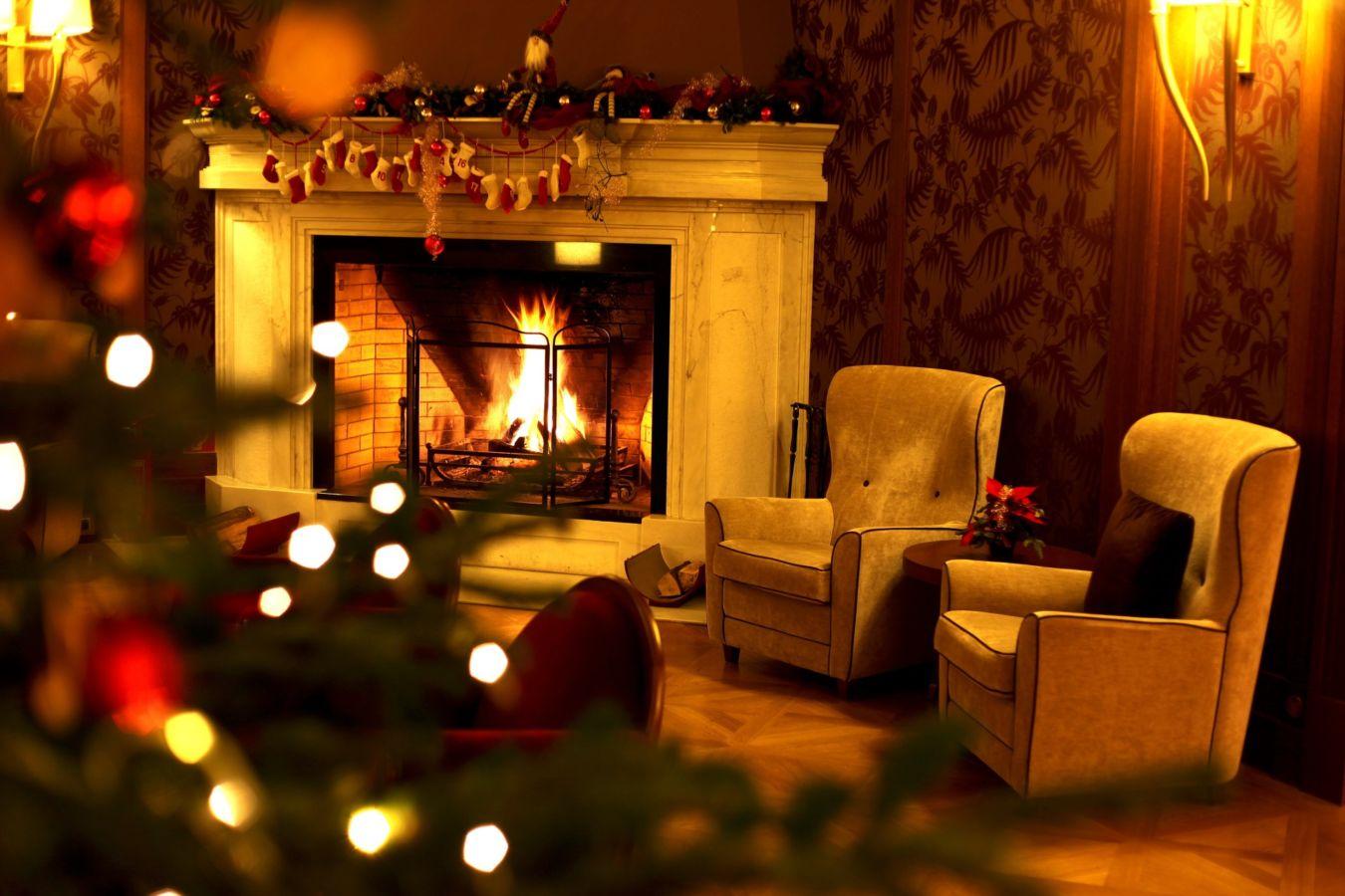 """5 tipů – Jak přežít """"Den po"""" … vánočním večírku"""
