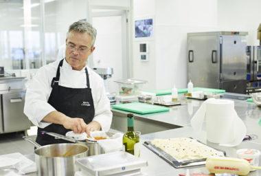 Hvězda italské kuchyně Roberto Carcangiu předvedl své umění v MAKRO Akademii