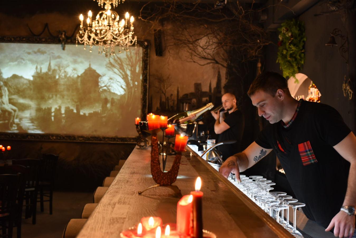 V Praze se otevírá nový bar s hororovým prostředím