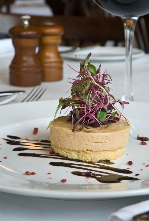 Vyzkoušejte foie gras na pánvi s fíky