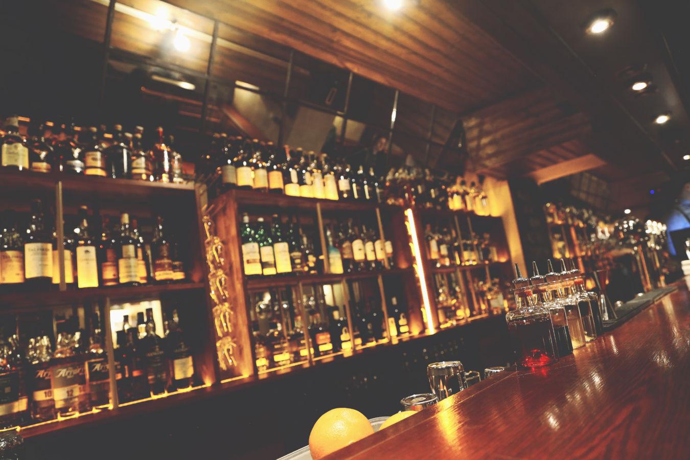 Whiskey je pro všechny, hlásá nový brněnský bar
