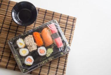 Sushi z kuchyně rovnou na stůl: Košík.cz testuje rozvoz čerstvých hotových jídel