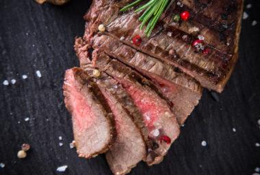 Historické recepty: jak se připravovaly steaky v dobách našich babiček