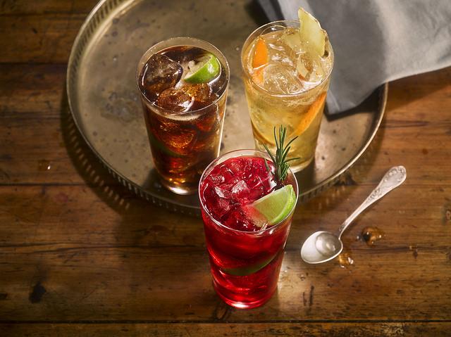 Barevný podzim ve skleničce. Inspirujte se drinky, které vás svým složením zahřejí