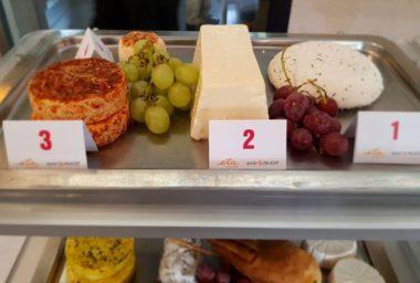 Soutěž sýrů ve Velkých Karlovicích vyhrál kravský ořechový z Valašského Meziříčí