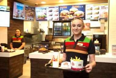 Burger King otevírá v Praze největší pobočku v Česku
