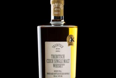 O českou whisky z Třebíče je zájem. Letos stočí 60 tisíc lahví