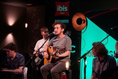 ibis Music otevírá hotely živé hudbě