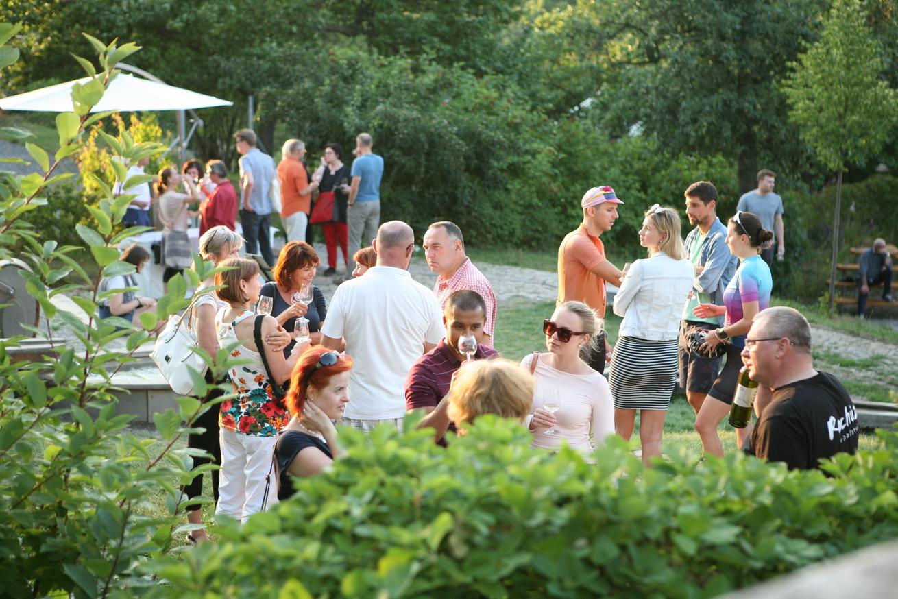 Víno z blízka – v Otevřené zahradě se představí vinaři z Ekovínu, vinařské obce i osobnosti současného vinařství