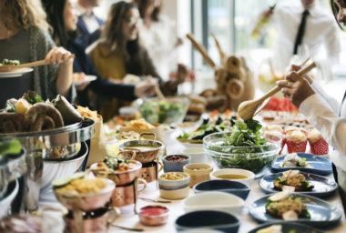 Nákupní centra vČesku se více zaměřují na gastronomii. Hitem posledních let jsou zejména food festivaly
