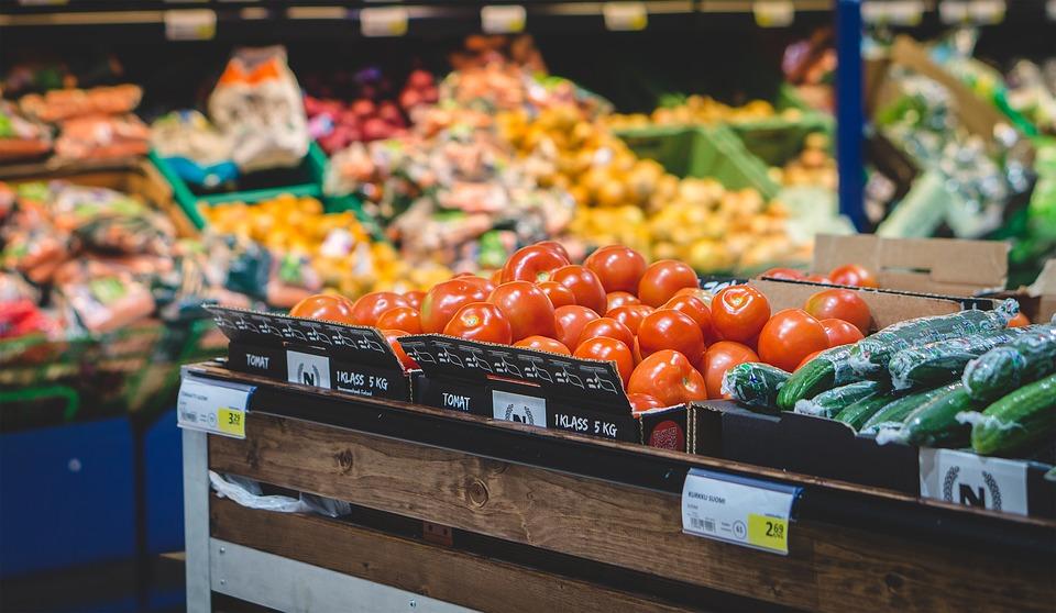 Omezení prodeje potravin za podnákladové ceny pomůže i samotným spotřebitelům. Zavedeno již bylo v Belgii či Francii