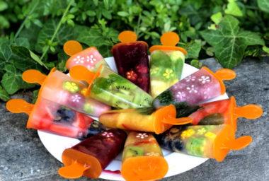 Domácí ovocné nanuky s překvapením