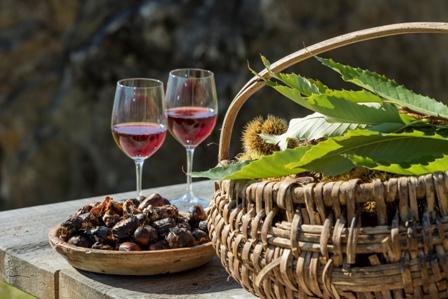Jihotyrolské dožínky Törggelen: barevné slavnosti sklizně, kaštanů a vína