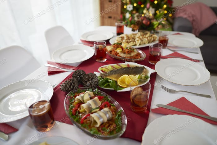 Češi na Vánoce umí zpracovat celého kapra. V prodeji filetů se kaprům vyrovná losos