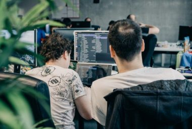 Progresivní webové aplikace míří do restaurací: HackathonStoryous řeší nedostatek vývojářů i číšníků