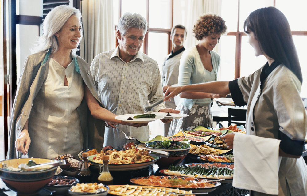 Restaurace otevřou v květnu. Odborníci doporučují speciální hygienická opatření kvůli koronaviru
