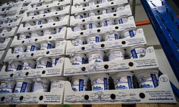 Hollandia omezuje plasty u obalů svých výrobků. Nově ušetří více než 25 tun polyethylenu ročně