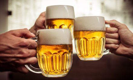 Pět pivních zajímavostí z Plzně: Věděli jste, že věž pivovaru stojí na místě šibenice, kde oběsili Kozinu?